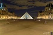Le Louvre, Paris - 16 x 24 inches