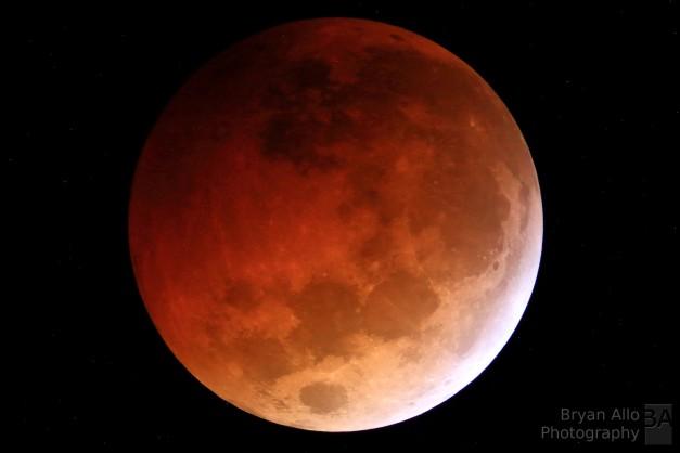 Blood Moon - Lunar Eclipse (October 8, 2014)