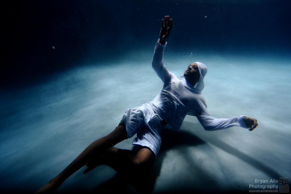 Underwater Fashion Photography (1/3)