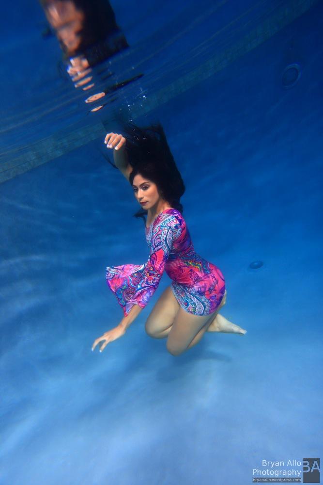 Underwater Fashion Photography (3/3)