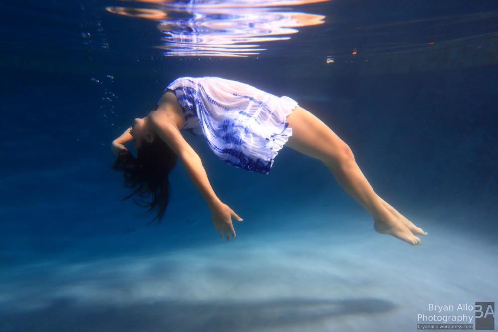 Underwater Fashion Photography (2/3)