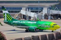 2016_AircraftSpotting_SMF_Alaska1